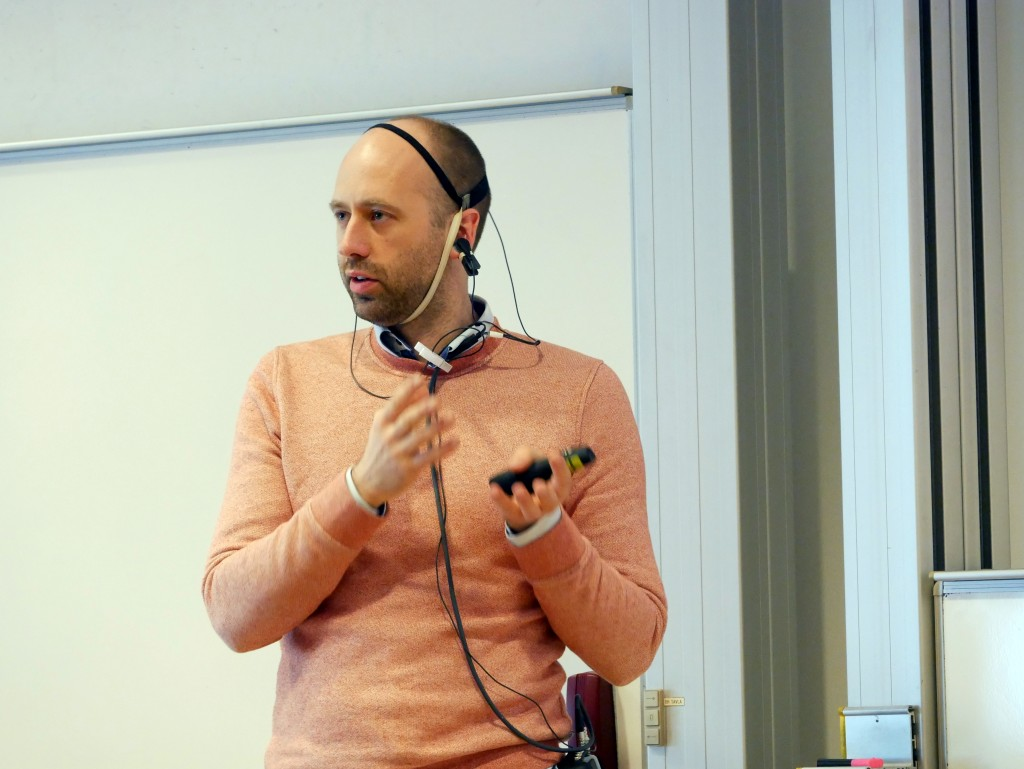 Arne Edvardsson giving a neurofeedback adn mindfulness lecture at the  international The Science and Practice of Racket Sport for Improved performance and Health Special Focus on Table Tennis 25-27th April, 2018, Halmstad University, SWEDEN